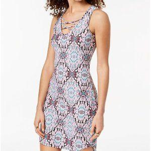 Juniors' Floral Print Lace Up Bodycon Dress